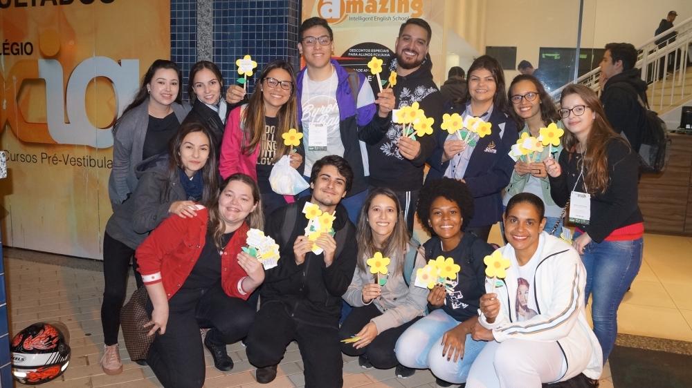 Campanha de combate ao abuso sexual infantil mobiliza alunos de Psicologia