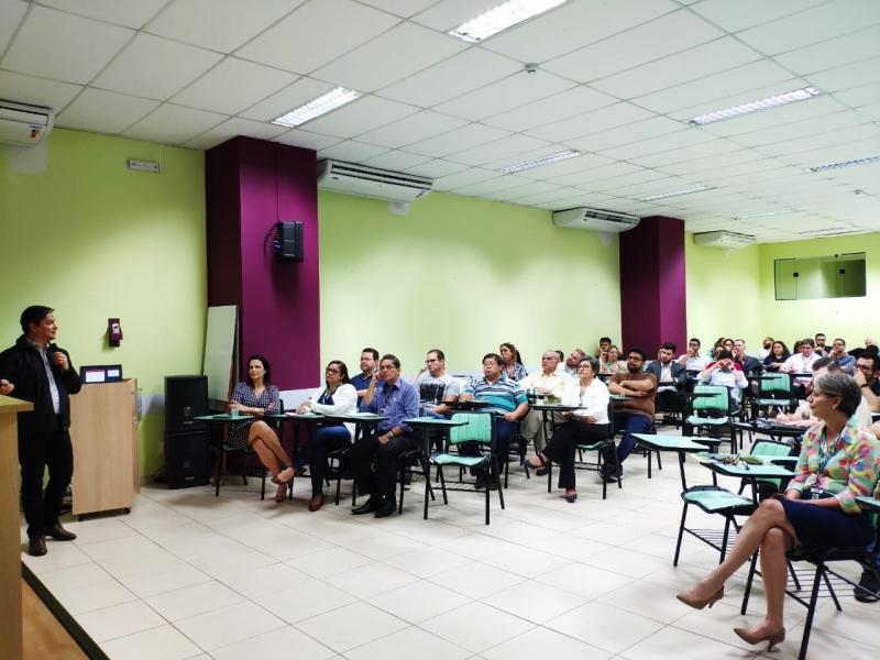 Semana pedagógica traz em sua abertura palestra sobre aprendizagem, ensino e formação