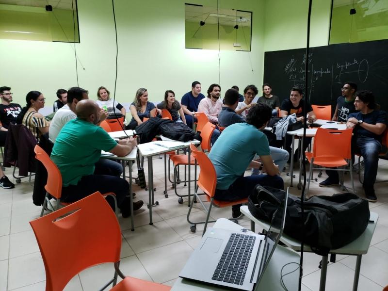 Sala Invertida proporciona metodologias ativas para alunos da FCV