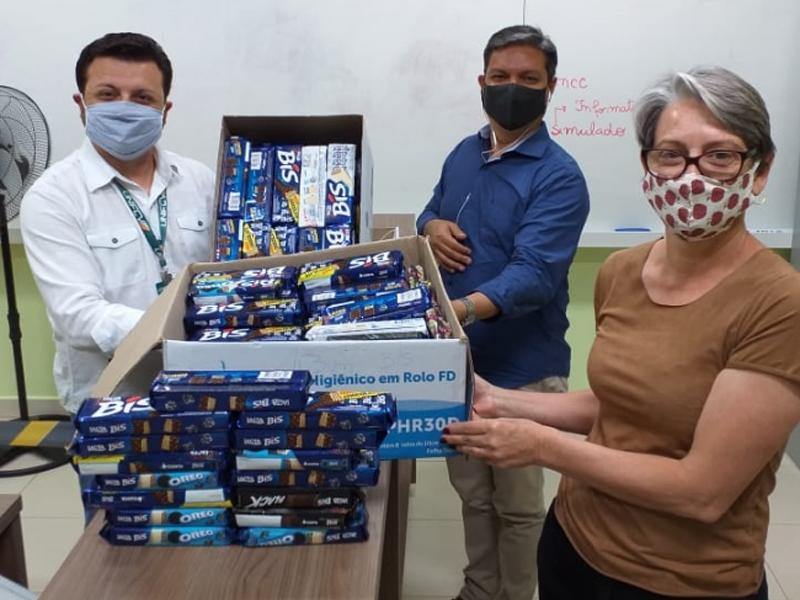 """Projeto """"Um doce de Páscoa"""" da UniFCV arrecada mais de 150 caixas de chocolate"""