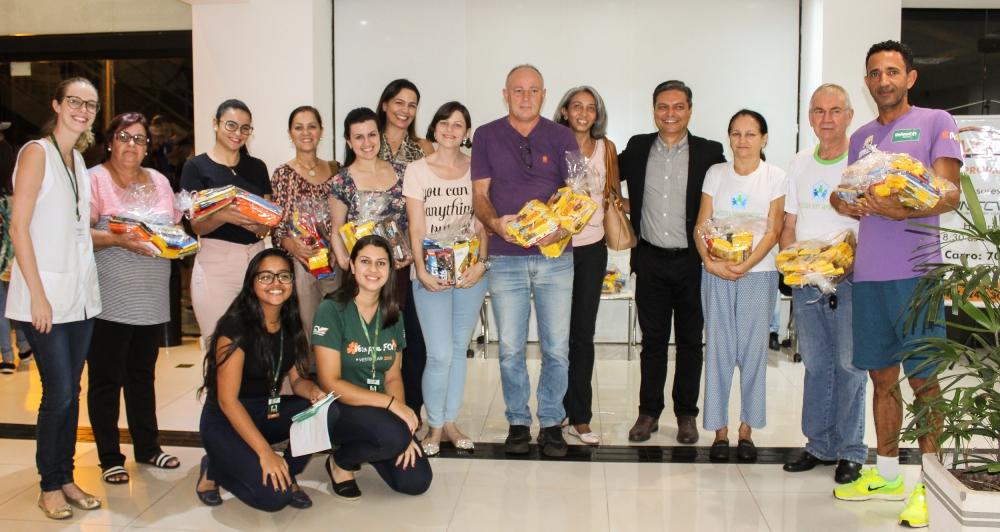 Campanha de Páscoa da UNIFCV arrecada mais de 900 barras de chocolates para entidades assistenciais