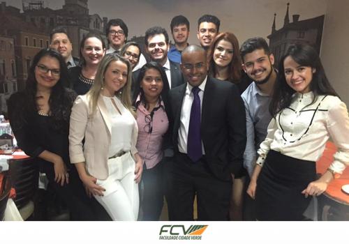 É fundada a Liga de Mercado Financeiro da FCV