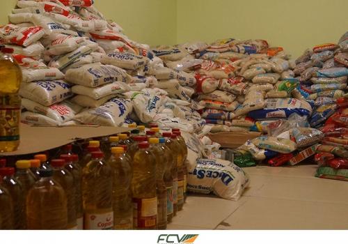 Alunos de Direito arrecadam 1,6 tonelada de alimentos durante mostra