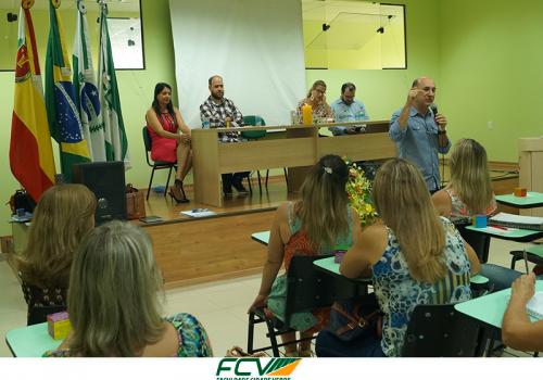 Seduc realiza reunião com diretores de escolas na FCV