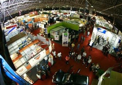 Feira de Fornecedores da Indústria da Confecção começa hoje em Maringá