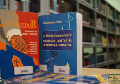 Chegaram novos livros para projeto do PIIC