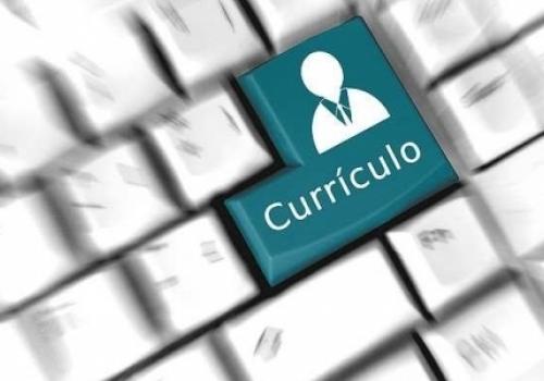 FCV oferece serviço de criação e reestruturação de currículo