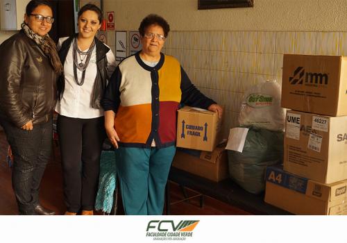 Campanha do Agasalho arrecada e distribui 3 mil peças de roupas