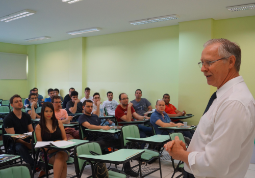FCV realiza aula inaugural da pós em Engenharia de Software
