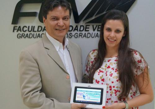 """Marcela Caroline Sibim é a ganhadora da promoção """"Este tablet pode ser seu"""""""