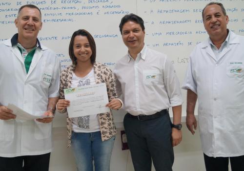 FCV realiza entrega de certificados para acadêmicos de GPI