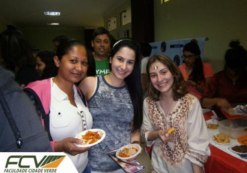 Acadêmicos da FCV participam do Global Village