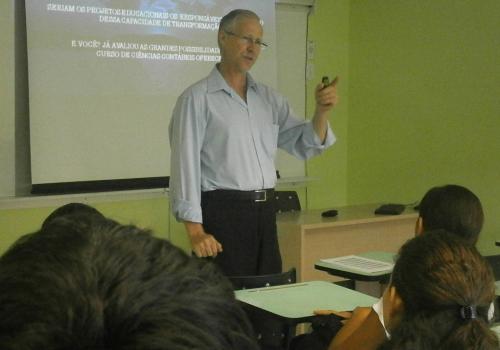 Mais de 630 alunos já participaram do Projeto de Orientação Educacional da FCV