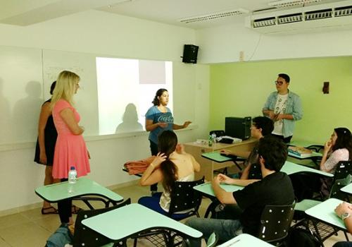 AIESEC promove Curso de Inglês para alunos de Análise de Sistemas da FCV