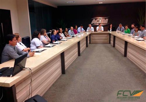 Diretor da FCV se reúne com lideranças da educação