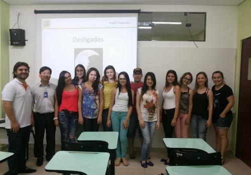 Acadêmicos de Economia participam de curso do Branco do Brasil