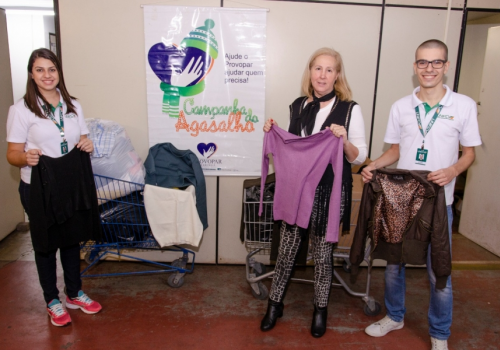 Campanha do agasalho em parceria com o Provopar já arrecadou 50 mil peças de roupas