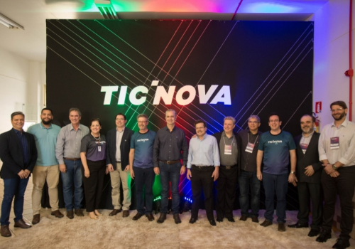 UniFCV marca presença no maior evento de tecnologia do sul do país