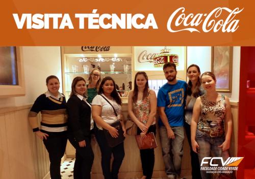 Alunos visitam instalações da Coca-Cola