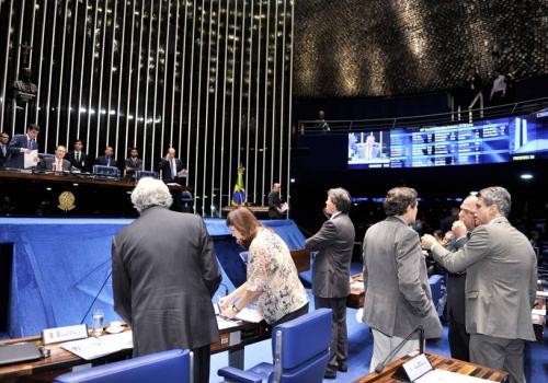 Para desafogar judiciário, Senado aprova Lei de Mediação