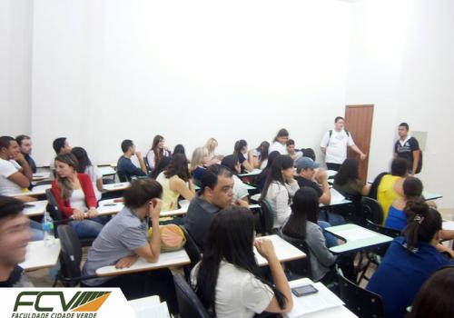 Formandos 2014 participam da primeira reunião sobre a formatura